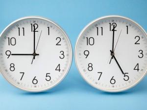 Clocks at 9 and 5