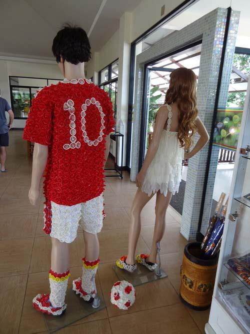 mannequins at cabbages and condoms restaurant