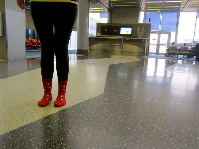 airport-socks